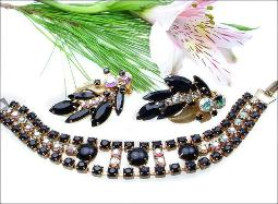 Vintage jewelry, black ab vintage bracelet earring set
