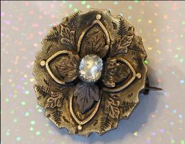 Victorian /Edwardian Brooch with Large Paste Stone