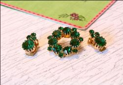 Green Chaton Circle Brooch and Earrings | Vintage Demi Parure