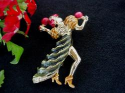 Vintage Brooch Spanish Dancer