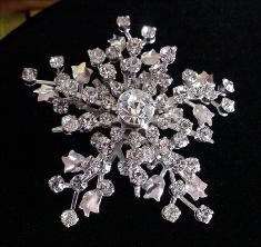 Vintage Brooch is also a Necklace Pendent | Vintage Crystal Bridal Jewelry