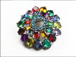 Brilliant 1980-90s brooch with larger glass stones