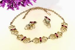 Butterfly Vintage Jewelry at Necklace and Earrings