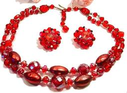 Love the Reds in a splashing necklace and earring vintage set