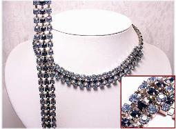 Necklace set in blue and sapphire blue colors