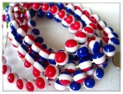 Vintage red, white, blue plastic bead flapper necklace AKA Pepsi flapper bead necklace