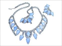 Blue Tear Stones and Round Chatons