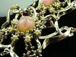 Shimmering Opalescent Ruby Stones and Pearls Parure