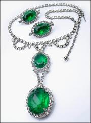 Juliana Vintage Emerald Rhinestone Set