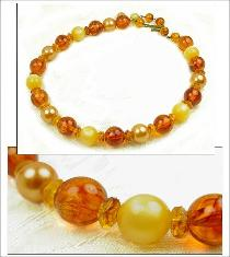 Vintage bead necklace, shades of butterscotch