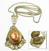 Photo locket necklace vintage jewelry