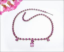 Simple and elegant Fuchsia choker necklace