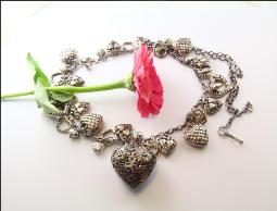 Large vintage Puffy Heart necklace silvertone