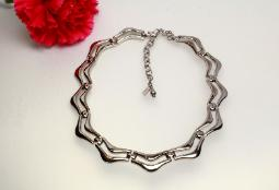 Signed Monet, couble row silvertone geometric modernist necklace