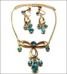 Teal Blue Rhinestone Necklace and Screw Ears