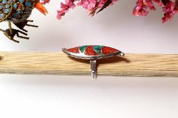 Vintage sterling silver ring with inlaid Turquoise and Coral